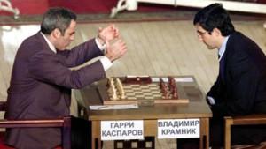 Anand bleibt Titelfavorit - Kasparow dominiert im Schaukampf
