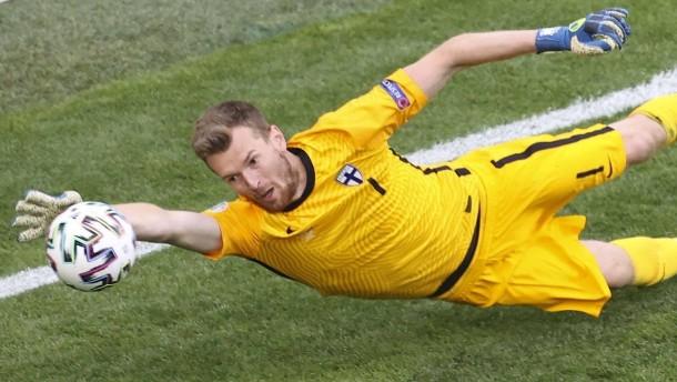 Hradecky fällt aus der üblichen Fußballprofi-Rolle