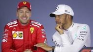Alte Rollenverteilung beim Start 2018: Lewis Hamilton (rechts) landet vor Sebastian Vettel.