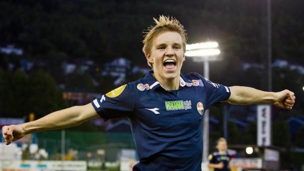 """""""Ausnahmetalent"""" Ødegaard trainiert bei den Bayern"""