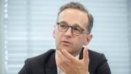 """""""Weil andere Maßnahmen nicht gegriffen haben, müssen wir auf solche Methoden mit den Mitteln des Strafrechts reagieren"""": Heiko Maas."""
