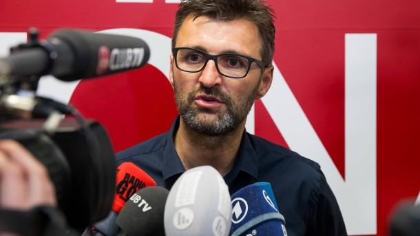 Köllner übernimmt von Trainer Schwartz