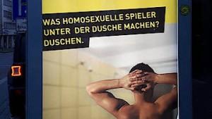 """""""Was homosexuelle Spieler unter der Dusche machen?"""""""