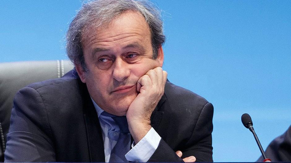 """""""Ich habe wirklich gearbeitet, und viele Menschen können das bezeugen"""": Michel Platini."""