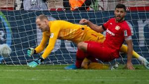 Leverkusen flirtet nur kurz mit der Spitze