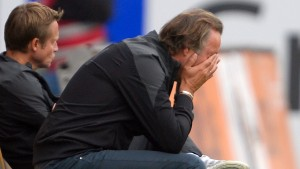 5:0 - Heidenheim schickt Neururer zum Friseur