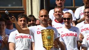 FC Bayern will Geld für Double-Feier