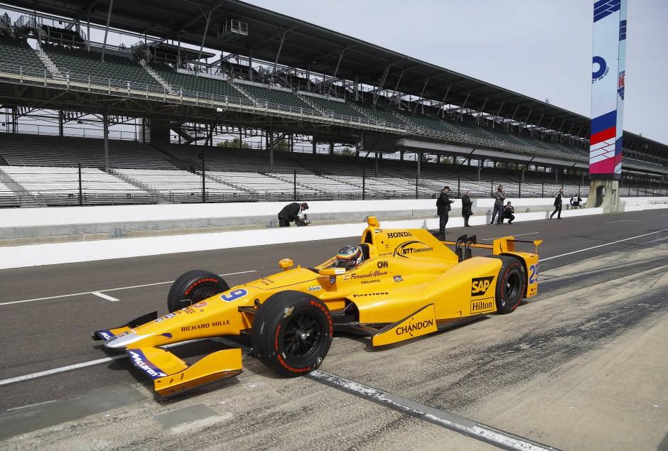 Anfang Mai probierte der Spanier in Indianapolis schon mal den Wagen aus.