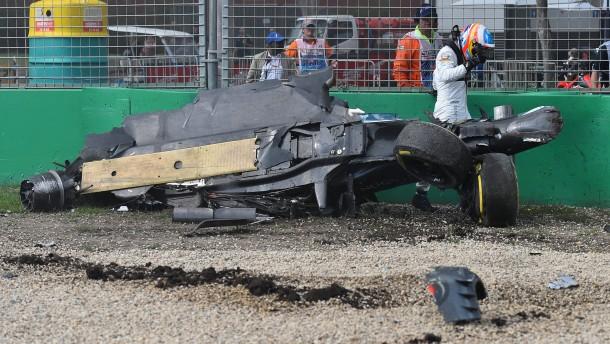 Horror-Crash von Alonso