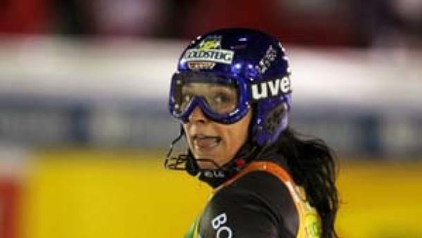 Tschechin Zahrobska siegt im Slalom