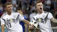 Marco Reus (rechts) brachte die Deutschen mit dem Ausgleich wieder ins Spiel.