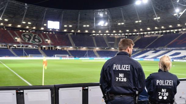 Die Bundesliga will spielen