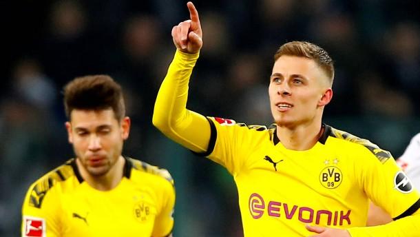 Dortmund ist jetzt erster Bayern-Verfolger