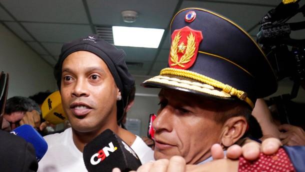 Der Fall Ronaldinho und ein Skandal im Skandal