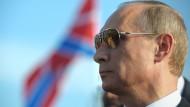 Glück dank Unglück: Die Formel 1 beschäftigt sich mit Jules Bianchi statt Wladimir Putins Rennen