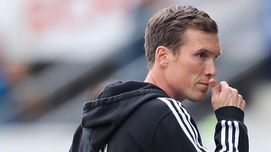 Der verpasste Aufstieg kostete ihn den Job: Hannes Wolf muss beim HSV gehen.