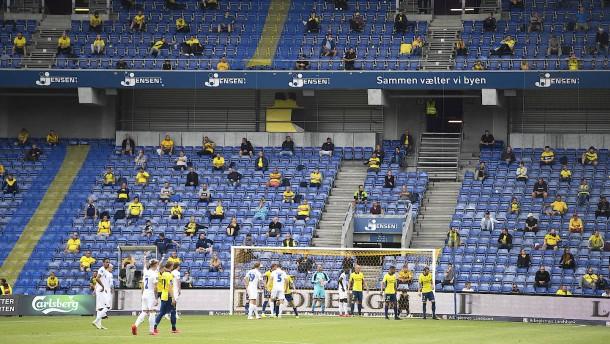 3000 Zuschauer bei Derby