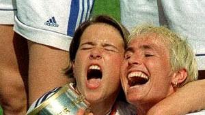 Frankfurter Fußball-Frauen greifen nach Uefa-Cup