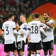 Rückkehr auf den Rasen: Die deutsche Fußball-Nationalmannschaft hat vor Corona zuletzt am 19. November in Frankfurt gespielt.