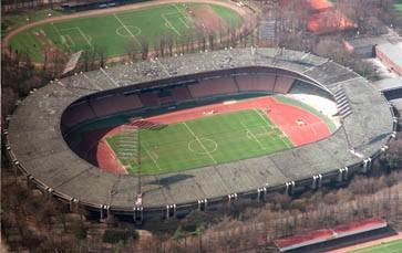 Bilderstrecke Zu Wm Stadion K 246 Ln Im Abstiegsfall Wackelt