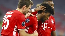 Auf dem Platz klappt alles beim FC Bayern