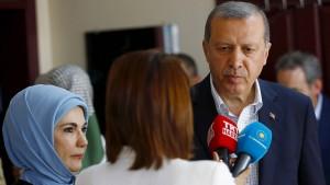 Erdogans Partei verliert die absolute Mehrheit