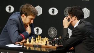Zwei der acht Kandidaten, die das WM-Herausforderungsturnier angehen: Sergej Karjakin (l.) und Fabiano Caruana