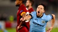 ManCity weiter, Schürrle hilft Schalke