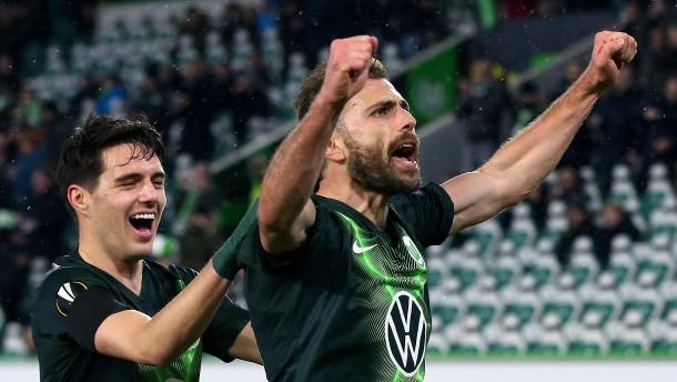 Wolfsburg dreht das schwache Spiel