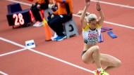 Großer Sprung nach vorn: Die deutschen Leichtathleten wie Dreispringerin Kristin Gierisch wecken Hoffnungen