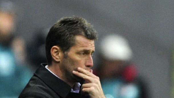 Ohne Abwehr zum Hamburger SV