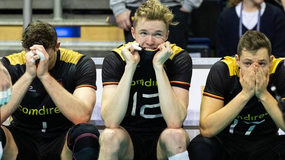 Tränen statt Ticket: Olympia findet ohne Deutschlands Volleyballspieler statt.