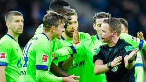 Elfmeter-Wirrwarr beim Schalker Remis