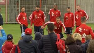 Bayern-Fans vor Pokalspiel optimistisch