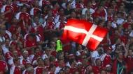 Wie geht Dänemark mit dem Schreck um Christian Eriksen um?