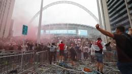 Schwere Vorwürfe gegen Polizei nach Krawallen in Wembley