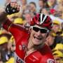 Jubelnd ins Ziel: Andre Greipel gewinnt die zweite Etappe der Tour de France