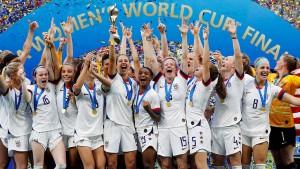 Trump jubelt mit den Weltmeisterinnen