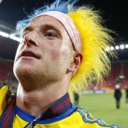 Nein, gelb und blau ist nicht die natürliche Haarfarbe von John Guidetti