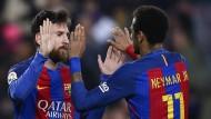 Rettung durch Messi – Rot für Balotelli