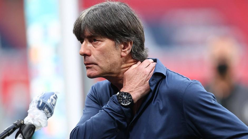 0:2 im Achtelfinale gegen England: Für die deutsche Nationalmannschaft und ihren Trainer Joachim Löw ist die EM beendet.