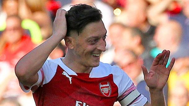 Ärger um Mourinho – Erfolg für Özil