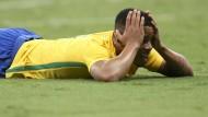 Wieder kein Tor: Brasiliens Jesus Gabriel kann es nicht fassen.
