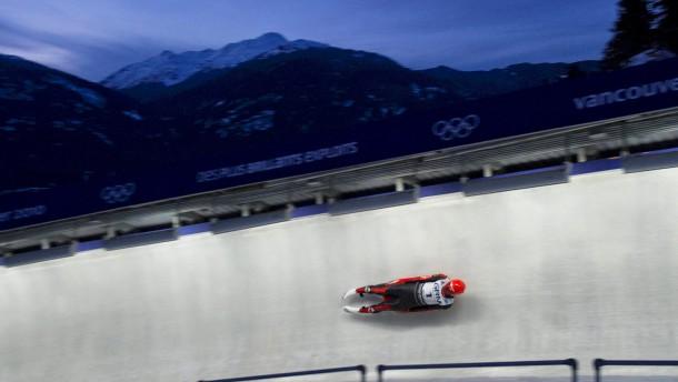Weltmeister in Kanada: Keiner ist in Whistler schneller als Felix Loch