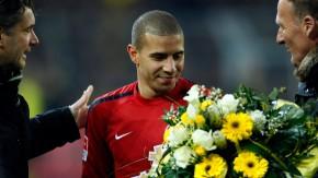 Vor dem Spiel gab es Blumen für Mohamed Zidan, danach schoss der Stürmer ein Tor gegen Dortmund