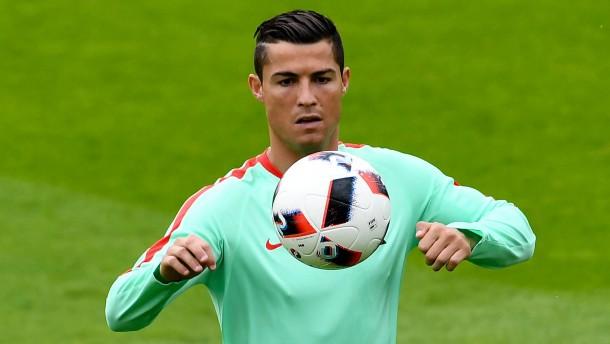 Portugal zieht ins Finale ein