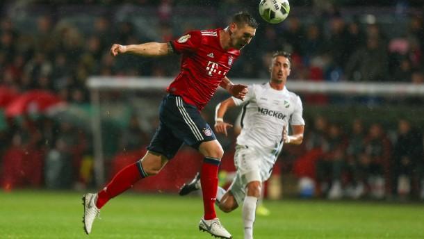 FC Bayern ohne Glanz ins Achtelfinale