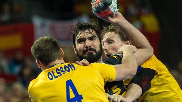 Spanien schlägt schwächelnde Schweden