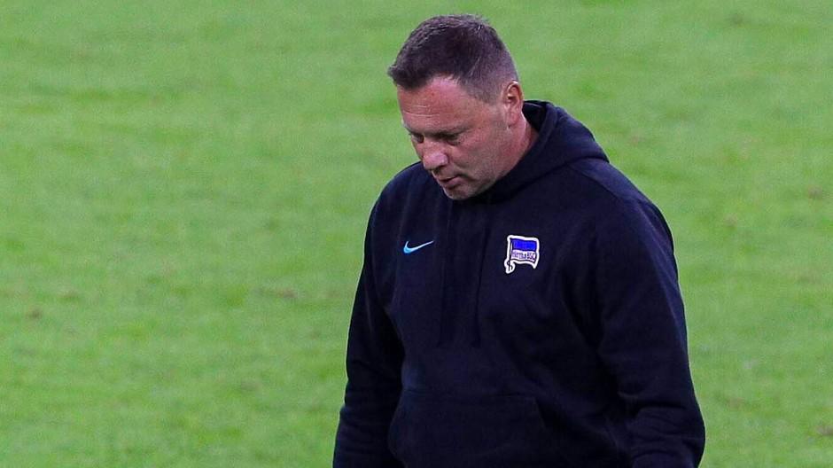 Wie nach einem Wolkenbruch: Ob Pal Dardai noch eine Zukunft bei den Hertha-Profis hat, ist fraglich.