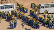 Tausende Arbeiter sind in Qatar, um die Stadien für die WM 2022 zu bauen.